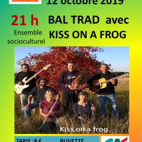 Bal_Folk_avec_le_groupe_du_Berry_Kiss_on_a_frog